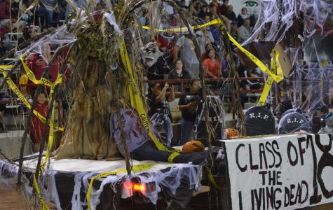 Behind the Scenes of Homecoming Floats