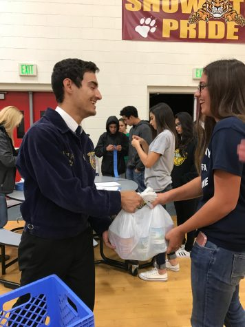 FFA Collects 1,827 Cans for Annual Food Drive
