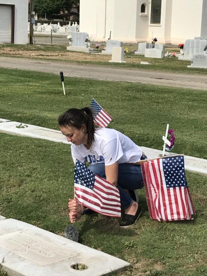 Interact Club Honors Veterans