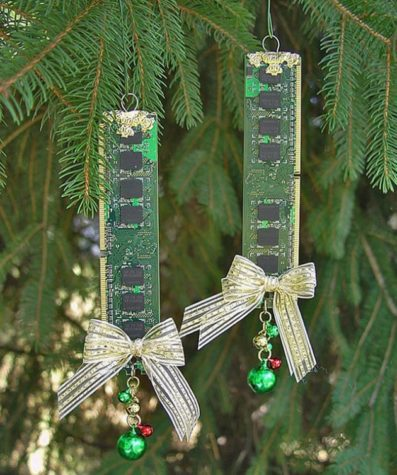 Circuit board Christmas craft