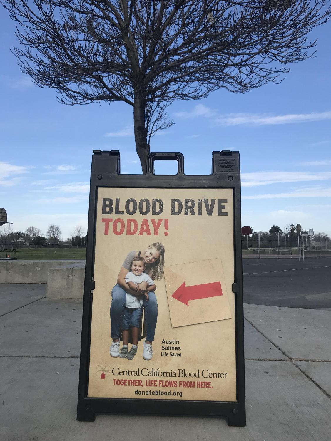 Blood+Drive+poster+outside+of+entrance+so+students+may+see.