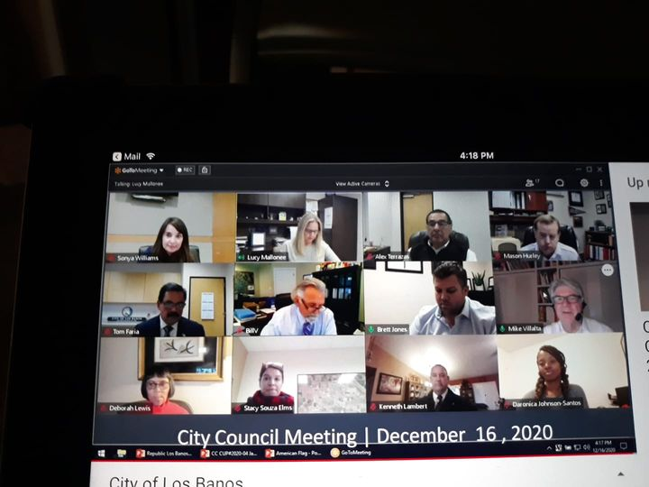 Mr.+Faria+holds+his+first+meeting+as+mayor+on+a+zoom+call.