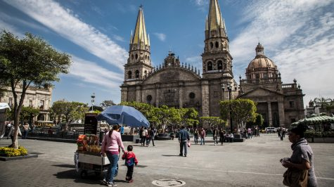 Guadalajara Cathedral gets admired by the public.