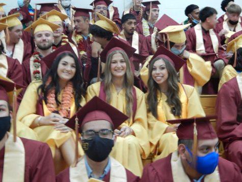 Seniors Receive their Diplomas